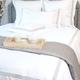Colección Milano 800 Hilos Satén Algodón Egipcio – Blanco con triple cordón bordado color Gris Claro